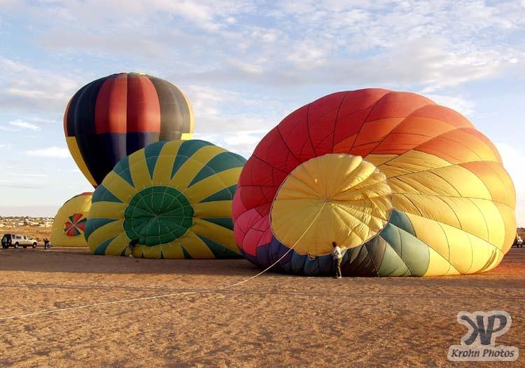 cd130-d09.jpg - Hot air balloons