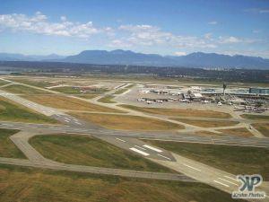 cd01-d17.jpg - Vancouver Airport