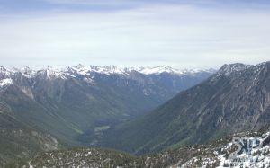 cd171-d04.jpg - Valley