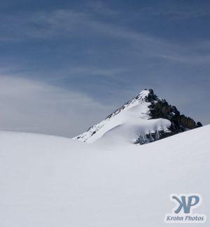 cd171-d07.jpg - A Mountain Peak