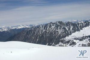 cd171-d09.jpg - Mountains
