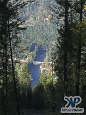 cd173-d06.jpg - Bridge over Slocan River