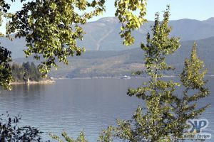 cd72-d01.jpg - Kootenay Lake