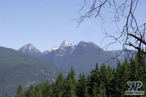 cd73-d10.jpg - Mountains