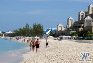 cd124-d10.jpg - Grand Cayman