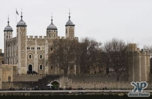 cd121-d01.jpg - Tower of London