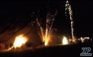 cd20-s29.jpg - Bonfire Night
