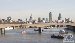 cd24-d01.jpg - London Skyline