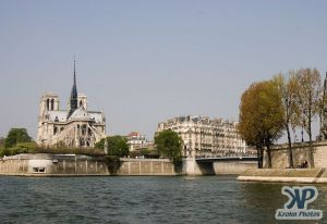 cd28-d10.jpg - Seine River