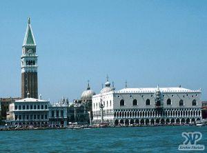 cd75-s08.jpg - Venice