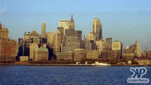 cd133-s06.jpg - New York City Skyline