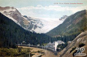cd2002-pc33.jpg - Glacier, BC