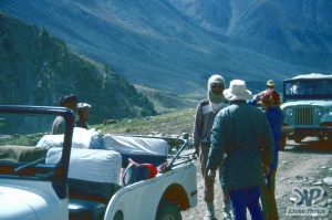cd03-s05.jpg -  A rest stop