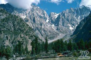 cd04-s03.jpg - Pakistan mountains