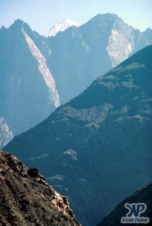 cd04-s13.jpg - Himalayas