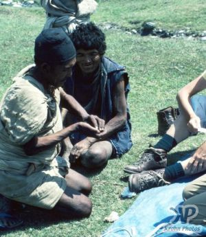 cd50-s32.jpg - Nepalese