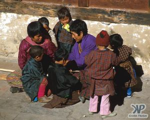 cd1015-s12.jpg - Children